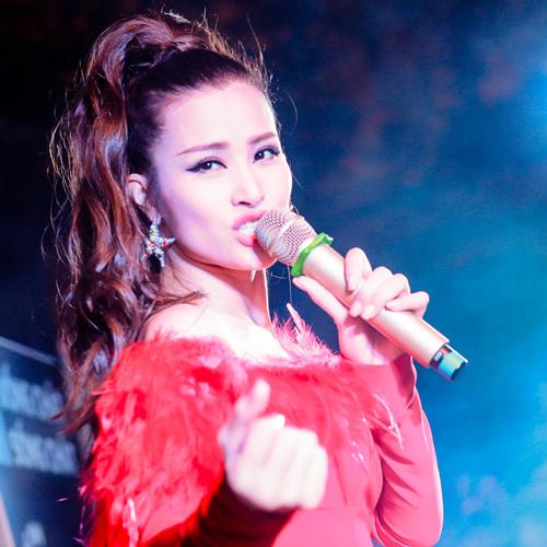 Phố Trà chanh nóng rực cùng mini concert Chất