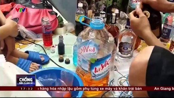 Giật mình với công nghệ sản xuất rượu thuốc siêu rẻ tại Hưng Yên